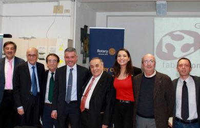 al centro Domenico Scarpellini, Paolo Lucchi e l'amica socia del Rotary Club di Belgrado